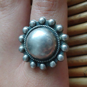 Gorgeous Vintage Navajo Silver Ring Domed Concho